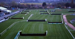 Grand National Reiten Turnier